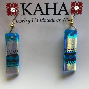 earrings with Tapa design.